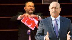 Mevlüt Çavuşoğlu'ndan ırkçı Yunan'a çok sert bayrak tepkisi!