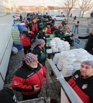 Elazığ depremi seferberliğinde 3. gün ulaşıldı
