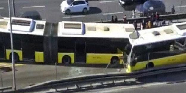 İstanbul'da şok kaza! Metrobüsler kafa kafaya çarpıştı