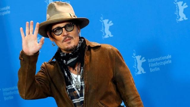 Johnny Depp sosyal medya hesabı Instagram'da rekor kırdı!