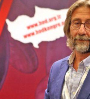 Prof. Ercüment Ovalı, koronavirüs tedavisinin onaylandığını duyurdu