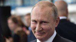 Rusya Devlet Başkanı Vladimir Putin yasayı imzaladı!
