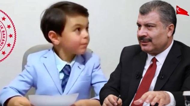 Sağlık Bakanı Fahrettin Koca'dan 23 Nisan'da güldüren paylaşım