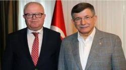 Ahmet Davutoğlu'nun İl Başkanı kumar baskınından kaçarken kolunu kırdı
