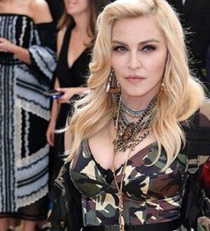 Dünyaca ünlü şarkıcı Madonna'nın koronavirüs testi pozitif çıktı