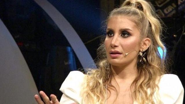 """İrem Derici'den çarpıcı açıklama """"Babam şarkıcı olmamı istemedi"""""""