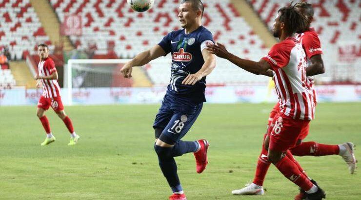Antalyaspor sahasında Çaykur Rizespor'u farklı geçti