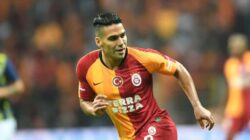 Galatasaray açıkladı: Radamel Falcao'dan kötü haber