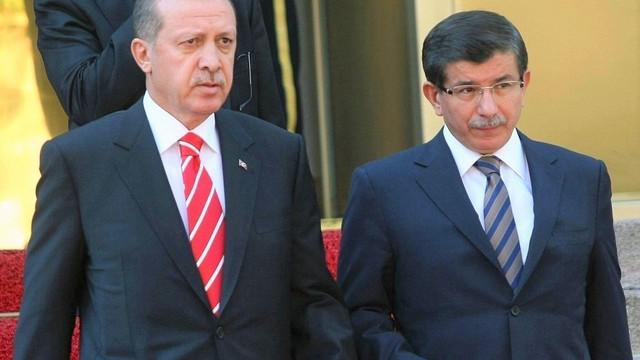 Gelecek Partisi Genel Başkanı Davutoğlu'ndan Erdoğan'a gönderme!