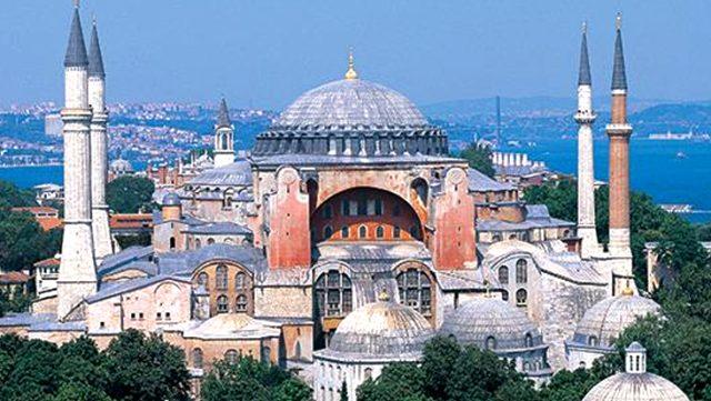 Ayasofya için tarihi gün  cami olarak ibadete açılacak
