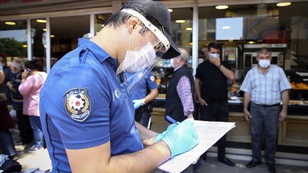 Maske takmama cezası kaç para Korona Virüs Polis ceza kesebilir mi?