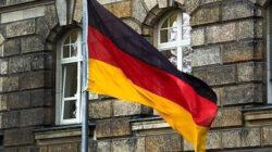 Türkiye ile Almanya arasında bir hazırlık maçı 7 ekim'de  Köln'de