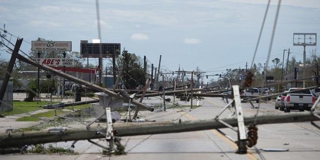 Amerika, Louisiana'da  kırmızı alarm verildi! 500 bin kişi tahliye edildi
