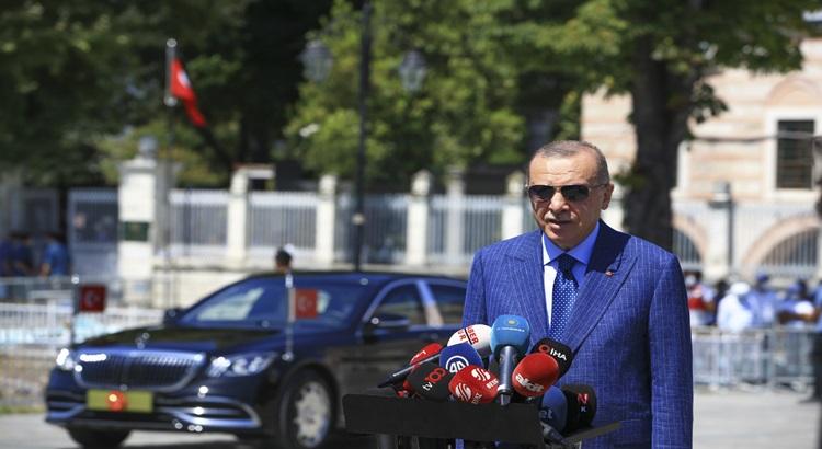 Cumhurbaşkanı Erdoğan: Türk ekonomisi tırmanışta göremeyenler var