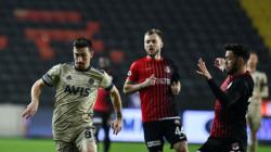 Fenerbahçe Erol Bulut'la Gaziantep FK Deplasmanından mağlup ayrıldı