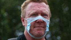 İnngiltere'ye 3 ülkeden Ulaşıma koronavirüs yasağı geldi