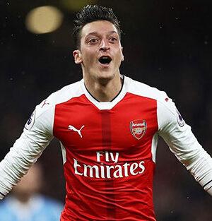 Mesut Özil'in menajeri Fenerbahçe ile transfer görüşmesi yaptık