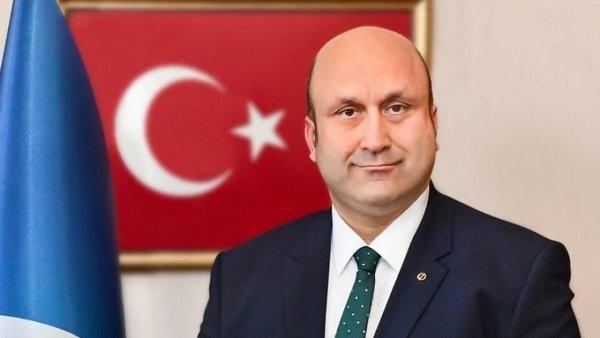 SODİMER Başkanı Levent Eraslan, WhatsApp'ın son kararını değerlendirdi. Eraslan, kararın ticari kaygılar ile alındığını, WhatsApp'ın gizlilik sözleşmesinden geri adım atmayacağını vurguladı.