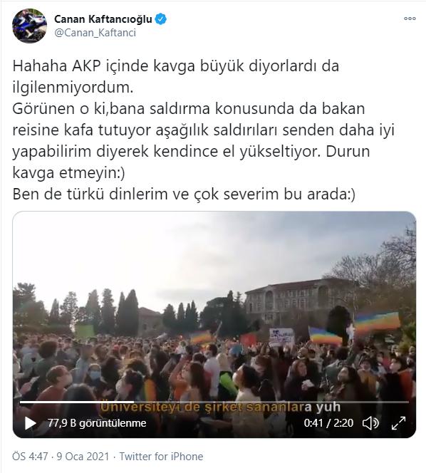 """""""Hahaha AKP içinde kavga büyük diyorlardı da ilgilenmiyordum.Görünen o ki bana saldırma konusunda da bakan reisine kafa tutuyor aşağılık saldırıları senden daha iyi yapabilirim diyerek kendince el yükseltiyor. Durun kavga etmeyin.Ben de türkü dinlerim ve çok severim bu arada."""""""