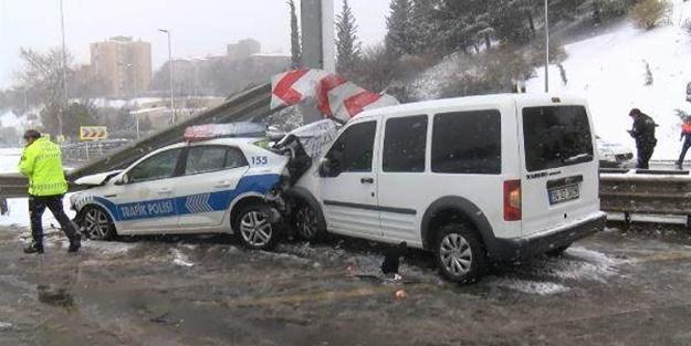 İstanbul Beşiktaş'ta kaza! Polis araçları birbirine çarptı