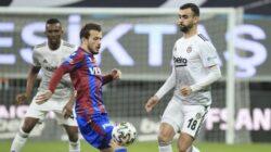 Trabzonspor'lu Abdülkadir Parmak Beşiktaş maçında sakatlandı