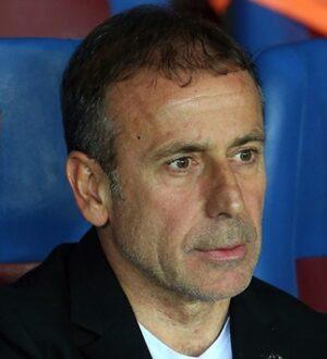 Trabzonspor'un Hocası Abdullah Avcı Joao Pereira ipini çekti