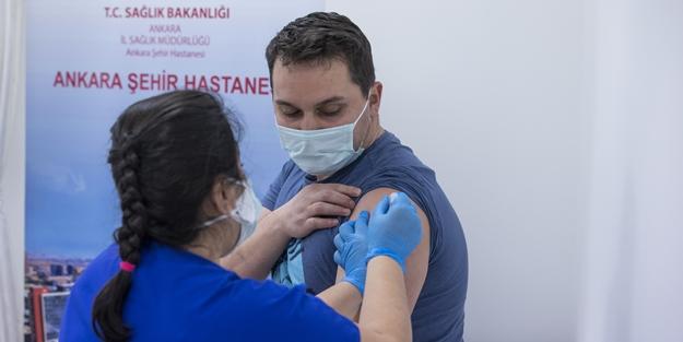 Türkiye'de Korona Aşısı olan sağlık çalışanı 700 bini geçti