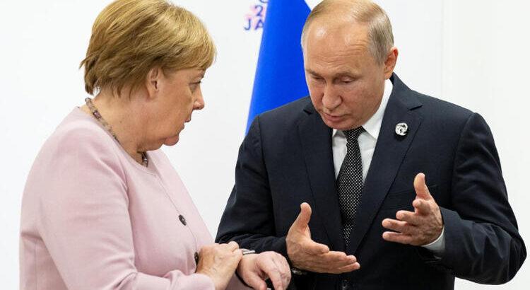 Vladimir Putin ve Angela Merkel arasında kritik görüşme