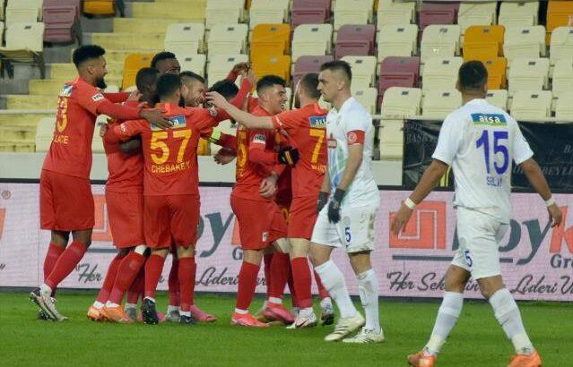 Yeni Malatyaspor sahasında Çaykur Rizespor'u farklı yendi