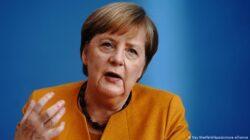 Almanya Başbakanı Angela Merkel'den ırkçılık açıklaması