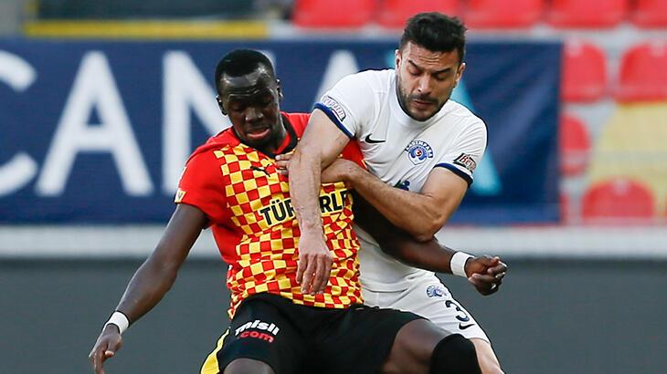 Göztepe kendi evinde konuk ettiği Kasımpaşa'yı tek golle geçti