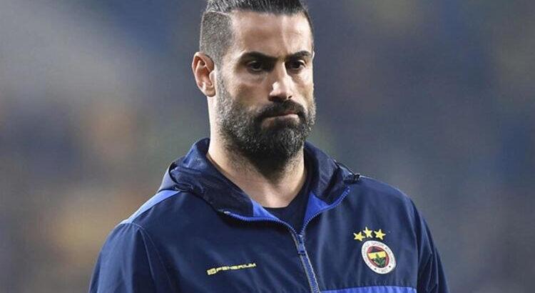 Fenerbahçe yardımcı antrenörü Volkan Demirel'in acı günü